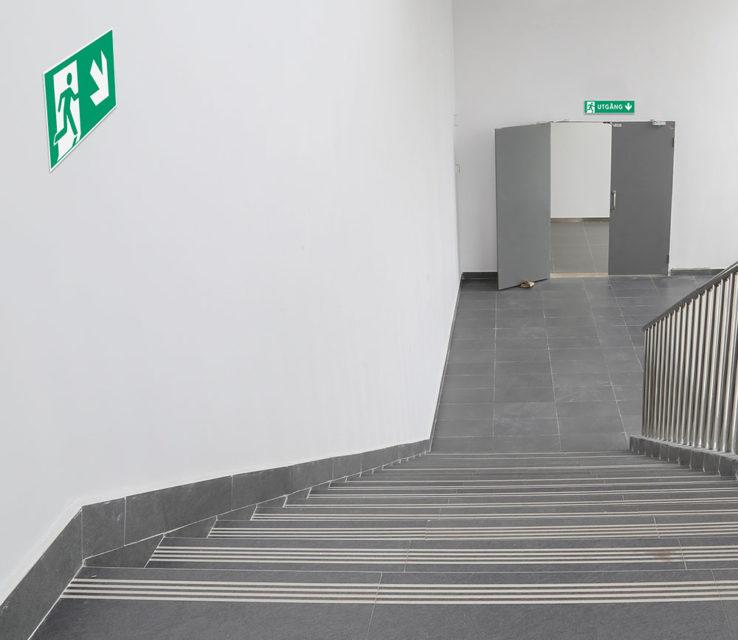 Exit skylt Åtta.45 Tryckeri
